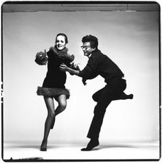 Animated twiggy and richard avedon, who captured her as the definitive model. credit the richard avedon foundation Richard Avedon Portraits, Richard Avedon Photography, Sophia Loren, Famous Photographers, Portrait Photographers, San Antonio, Nastassja Kinski, Willem De Kooning, Reportage Photo