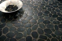 Google Image Result for http://www.pebble-tile.net/pebbletile/wp-content/uploads/2012/07/flat-pebble-tile.jpg (shower floor)