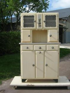 Meuble mado on pinterest buffet cuisine and 1960s kitchen for Meuble mado