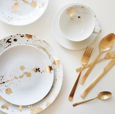 Do's and Don'ts of Wedding Registries #theeverygirl