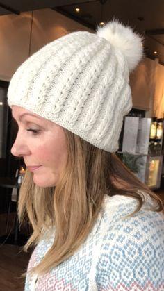 kjappstrikka lue pattern by Monika Mortensen Ravelry, Winter Hats, Beanie, Pattern, Fashion, Threading, Moda, La Mode, Patterns