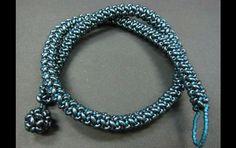 *_UNIKAT_*  Außergewöhnliches Collier gefertigt aus hochwertigen japanischen Toho-Rocailles sowie böhmischen Supeduos. Der Knebelverschluß ist ebenfalls aus Perlen gefertigt.  Länge 46cm Dicke...