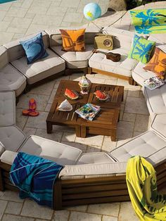 Backyard lounge ideas
