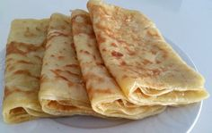 Egyptian Bread, Egyptian Food, Middle Eastern Bread, Pancake Dessert, Morrocan Food, Vegetarian Recipes, Cooking Recipes, Good Food, Yummy Food