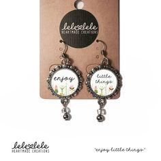 Steel earrings with quote - Orecchini in acciaio con pendenti  Enjoy di LeleleleCreations