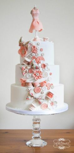 Dressmaking cake - Beautiful cake for anyone who loves to work with fabric