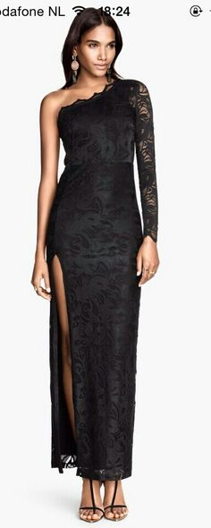 Beautyfull black dress... love it!
