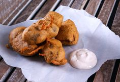 A delicious (and different) way to celebrate burns this weekend! Haggis pakoraare real comfort food - spicy haggis coated in a thick batter spiked with nutmeg. Ensure you use good quality haggis a...
