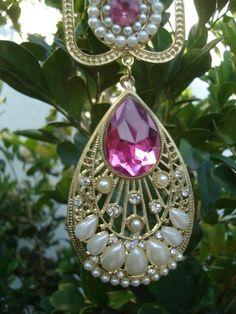 http://www.elo7.com.br/colar-rosalinda/dp/55A444