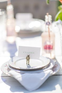 horse place cards for a Kentucky Derby shower Photography by Cambria Grace Photography / cambriagrace.com, Planning   Design by Lauren Wells Events / facebook.com/LaurenWellsEvents