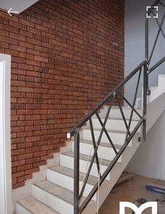 Steel Stair Railing, Staircase Handrail, Stair Railing Design, House Staircase, Steel Stairs, Banisters, Railings, Modern Stairs, Cafe Interior