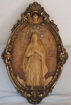 Etsy のImmaculate Conception Antique Religious Art Relief Virgin Mary Santa Maria Relief Catalonia /43(ショップ名:GliciniaANTIC)