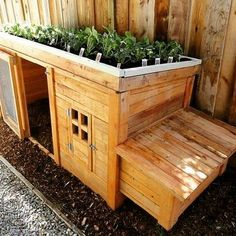 Beautiful wooden doghouse - made of recycled pallets