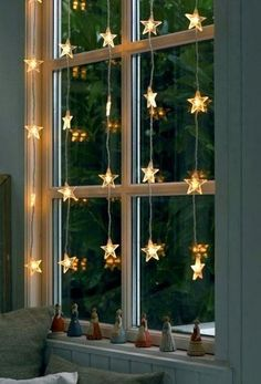 These hanging fairy lights bedroom ideas are perfect for your windows. These hanging fairy lights bedroom ideas are perfect for your windows. Noel Christmas, Winter Christmas, All Things Christmas, Christmas Crafts, Window Christmas Lights, Elegant Christmas, Christmas Window Display Home, Beautiful Christmas, Christmas Home Decorating