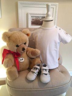Mein Steiff Babygirl T-Shirt Gr.9 Monate / 74 cm von Steiff! Größe 74 für 10,00 €. Schau´s dir an: http://www.mamikreisel.de/kleidung-fur-madchen/kurzarm-t-shirts/33778776-steiff-babygirl-t-shirt-gr9-monate-74-cm.