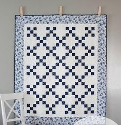 China Blue Irish Chain Quilt Pattern | Love quilting classics? Then you'll love this simple Irish chain pattern!