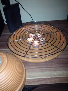 Mitch Kunterbuntes Chaos: I build myself …… Tealight oven on the fast He … - Trend Garden Decoration Homemade Heater, Diy Heater, Flowerpot Heater, Survival Tips, Survival Skills, Candle Heater, Collapsible Storage Bins, Shower Tent, Nails And Screws
