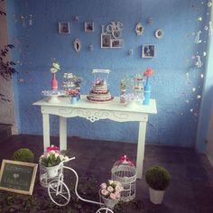 noivado-economico-faca-voce-mesmo-vintage-romantico-bolo-naked-cake-decoracao-azul-e-rosa (20)