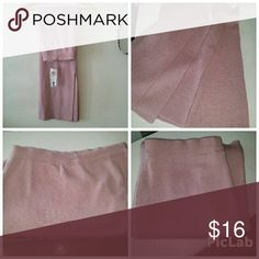 Hot maxi skirt NWT Dusty rose color double side slit knit maxi skirt. Soft and so sexy, size medium :)   BOGO FREE SALE GOING ON FOR A LIMITED TIME! BE SURE TO ASK ME ABOUT IT :) Skirts Maxi
