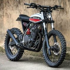 Creative Image of Scrambler Motorcycle. To get a better picture of the scrambler, it is better to be aware of the crucial components of a scrambler. A scrambler should go through every sort . Honda Scrambler, Xt 600 Scrambler, Honda Dominator, Motos Honda, Honda Bikes, Scrambler Motorcycle, Retro Bikes, Vintage Bikes, Vintage Motorcycles