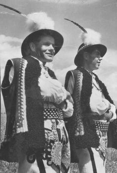 Folk Costume, Costumes, Polish Folk Art, Folk Clothing, Heart Of Europe, Traditional Outfits, Riding Helmets, Style Inspiration, Culture
