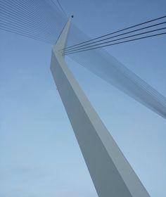 Architecture: 10 Interesting Facts About The Jerusalem Chords Bridge designed by Santiago Calatrava