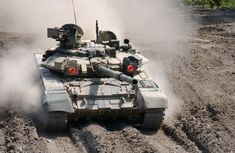 Newest Russian Battle Tank | The T-90S is the latest development in the T-series of Russian tanks ...