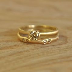 This ring is just gorgeous. yellow gold and champagne diamonds. Handmade on Etsy by Silverwoods. $965 by milagros