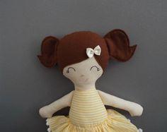 Boneca - Nina Boneca lúdica, descolada, moderninha. Boneca -  Boneca de pano - Rag dolls - Dolls - Fabric Dolls