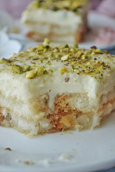 We love desserts! And if it is Arabic sweets, we love them even more. I just cant get enough of Arabic sweets, so i am always in search for recipes. You all must be aware of my love fo… eastern Arabic sweets Aish el Saraya-Middle Eastern Dessert Arabic Dessert, Arabic Sweets, Arabic Food, Indian Dessert Recipes, Sweets Recipes, Cooking Recipes, Spicy Recipes, Middle Eastern Desserts, Middle East Food