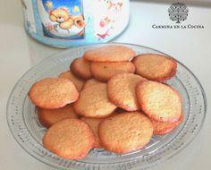 CARMINA EN LA COCINA: GALLETAS DE COCO Y VAINILLA http://www.carminaenlacocina.com/2014/06/galleta-de-coco-y-vainilla.html