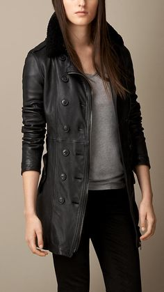 Lambskin Trench Coat with Shearling Topcollar Burberry Brit Jacket, Burberry Trench Coat, Leather Trench Coat, Leather Jacket, Trent Coat, Pinterest Fashion, Modern Outfits, Fashion Pictures, Coats For Women