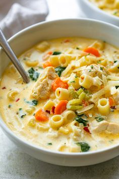 Creamy Chicken Soup with Pasta and Spinach - Creamy Chicken Pasta Soup Recipe – – Nutritious, easy and big on flavor, this delicious chicken pasta soup tastes like you spent all day in the kitchen, but it's done in less than 30 minutes! Chicken Pasta Soup Recipe, Creamy Chicken Pasta, Chicken Recipes, Chicken Soups, Chili Soup Recipe, Chicken Chili, Easy Soup Recipes, Cooking Recipes, Vegetarian Recipes