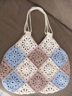 Knitting Patterns Handbag, Bolso by Miraquehay on Etsy Crochet Purse Patterns, Handbag Patterns, Crochet Shoes, Crochet Stitches, Knit Crochet, Crochet Granny, Crochet Handbags, Crochet Purses, Crochet Bags