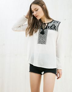 Bershka Tunisia - Embroidered blouse with pompoms