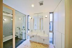 japanese style bathroom (+ furo)