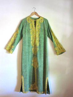 embroidered moroccan kaftan