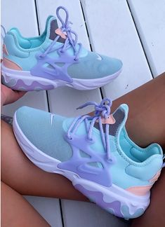 clothing PBR Sneakers - Collection , formats include MAX, OBJ, FBX, ready for animation and other projects Cute Sneakers, Sneakers Mode, Sneakers Fashion, Shoes Sneakers, Cute Sneaker Outfits, Nike Fashion, Fashion Outfits, Basket Style, Converse Sneaker