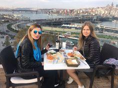 Misafirlerimizden Güzel Kareler! Alpek Teras Restoran Keyfi Hep Bi Başka!  #tatlı #alpek #alpekrestaurant #istanbul #eminönü #sultanahmet #holiday #tourist #travel #baklava #turkeyfood #food #yemek #yemekrium #lezzet #lezzetşöleni #alpekhotel