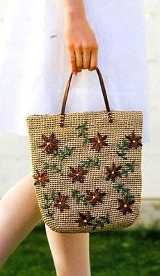 Add embroidered or yoyo flowers to crocheted bag.Cap and bag hookfrom Crochet and knitting Crochet Handbags, Crochet Purses, Handmade Handbags, Handmade Bags, Diy Crochet Bag, Crochet Shoulder Bags, Embroidery Bags, Diy Handbag, Jute Bags