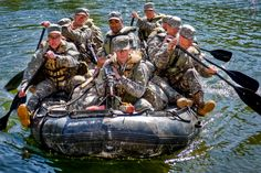 Army Rangers conduct a small boat movement training during the Florida Phase of U. Army Ranger School at Camp Rudder, Fla. Special Ops, Special Forces, Ranger Boats, Ranger School, Airborne Ranger, Us Army Rangers, 75th Ranger Regiment, Special Operations Command, Military Humor
