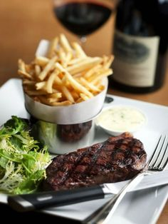 My perfect meal. Steak and Pomme Frites. I Love Food, Good Food, Yummy Food, Yummy Treats, Tasty, Carne, Steak Frites, Steak And Chips, My Favorite Food