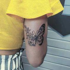 If you're looking for 3d, tiny, large, geometric, dreamy, delicate tattoo ideas in black ink or color, let these butterfly designs inspire your next piece of body art. Butterfly With Flowers Tattoo, Butterfly Tattoos For Women, Butterfly Tattoo Designs, Best Tattoo Designs, Tattoo Designs For Women, Delicate Tattoo, Dainty Tattoos, Sexy Tattoos, Sleeve Tattoos