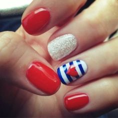 Memorial Day is United States federal holiday; people celebrate with it every year on last Monday in May. Here you will find best Memorial Day nail art designs. Short Nail Designs, Cute Nail Designs, Fingernail Designs, Awesome Designs, Pretty Designs, Hair And Nails, My Nails, Polish Nails, Happy Nails