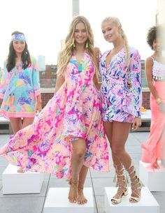 Lilly Pulitzer Resort 2017 Presentation: Life Under Printed Palms Adrette Outfits, Preppy Outfits, Preppy Style, Summer Outfits, Summer Dresses, My Style, Preppy Clothes, Preppy Girl, Beach Outfits
