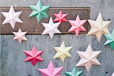 3D bright paper stars http://asubtlerevelry.com/3d-bright-paper-stars/