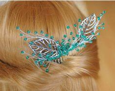 Alfileres novia pin novia pedazo boda pelo pasadores de pelo perla pins cristal horquillas clip de diadema horquillas pelo nupcial de la boda.  Esta pieza central de boda se hace de perlas, cristal, perlas, alambre.  2 piezas aprox. 3.5- 1.8 (9 - 4, 5 cm)  Si te gusta los peines, por favor mire otros accesorios para el cabello: https://www.etsy.com/shop/MyGlassLampwork?ref=hdr§ion_id=16478811  Envío mis parcelas de Ucrania por correo registrado con número de segu...