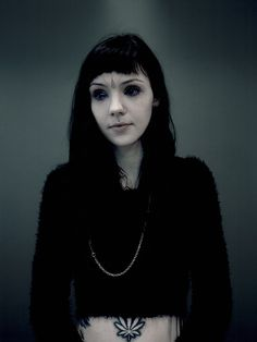 Grace Neutral: Photo