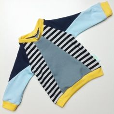 geometric sweater baby 25. size 68/74