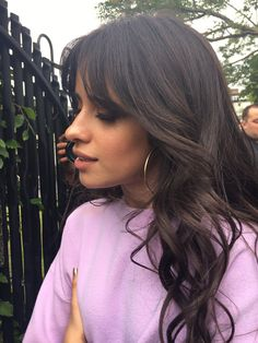 Camila Cabello with curtain bangs Cabello Haare Pony 7 The Biggest Haircut Trends That You Will See Everywhere in 2019 Cabello Haare knallen Cabello Haare knallen knallen 2019 Short Dark Hair, Short Hair With Bangs, Hairstyles With Bangs, Hair Bangs, Messy Bangs, Hair Inspo, Hair Inspiration, Natural Hair Styles, Short Hair Styles